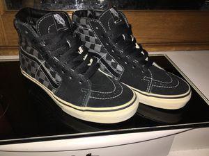 Vans Sk8-Hi Black checkerboard (Size 5Y) for Sale in Baltimore, MD