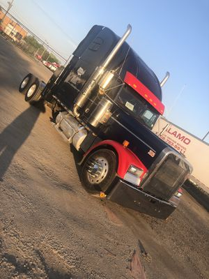 Freightliner classic xl. Looking for a nice car or truck for Sale in Chicago, IL