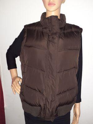 Men's gap vest jacket for Sale in Alexandria, VA