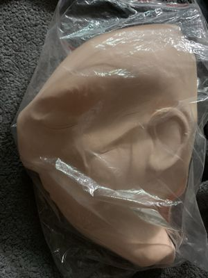 Practice face/ mask for eyelash extensions for Sale in Los Angeles, CA