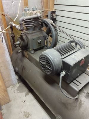 AIR COMPRESSOR 3 PHASE for Sale in Fort Washington, MD
