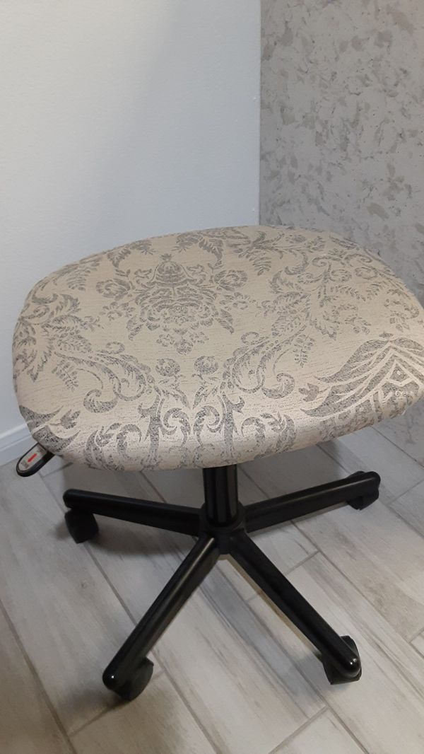 Used small rolling,swivel stool