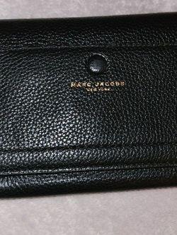 Marc Jacobs Wallet Crossbody for Sale in Marysville,  WA