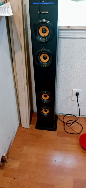 Art and sound floor standing Bluetooth soundbar for Sale in Puyallup, WA