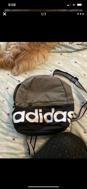 Mini Adidas Backpack for Sale in Meriden, CT