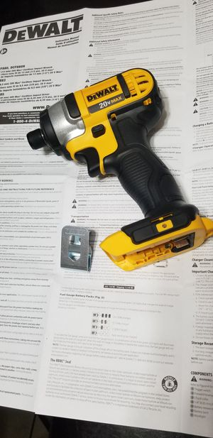 "DeWALT 20V MAX 1/4"" Cordless Impact Drill for Sale in Fullerton, CA"