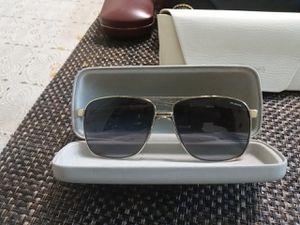 Versace sunglasses original for Sale in Los Angeles, CA