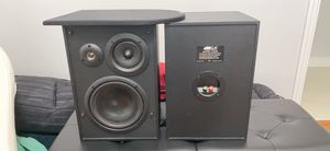 KLH 125 W 3-way bookshelf speakers for Sale in Melbourne, FL