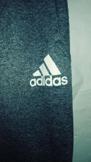Boys Adidas Sweatpants Size Medium for Sale in Las Vegas, NV