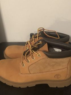 Woman's Low Top Timberland Boots Size 7 1/2 Never Used for Sale in Philadelphia,  PA