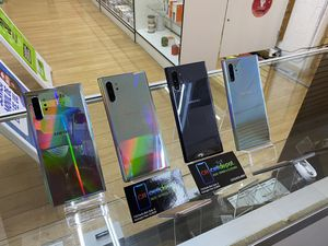 Samsung Galaxy Note 10 plus Factory Unlocked Perfect Conditions 256gb for Sale in Huntington Park, CA