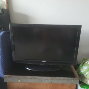 "41"" (37"" Screen) INSIGNIA TV for Sale in Port St. Lucie, FL"