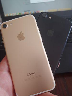 2 tmobile sim unlocked Apple iPhone 7 128gb for Sale in San Jose, CA