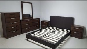 Brand new full or queen bedroom set no mattress 6 pc for Sale in Deerfield Beach, FL