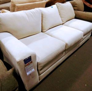 New sectional couch, priced to sell for Sale in Burlington, NJ