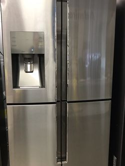 SAMSUNG FRENCH DOOR FLEX STAINLESS STEEL REFRIGERATOR BRAND NEW OPEN COUNTER DEEPTH for Sale in Moreno Valley,  CA