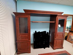 Beautiful Entertainment Center! for Sale in Winter Park, FL
