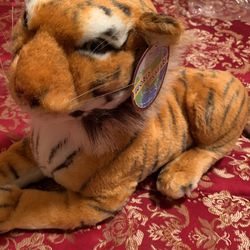 World Safari Tiger Plushie With Sound for Sale in Issaquah,  WA