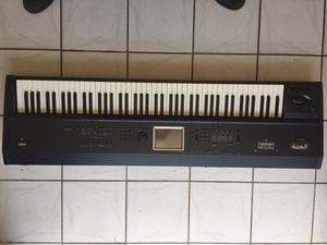 Korg Triton Extreme 88 weighted Keys. for Sale in Hialeah, FL