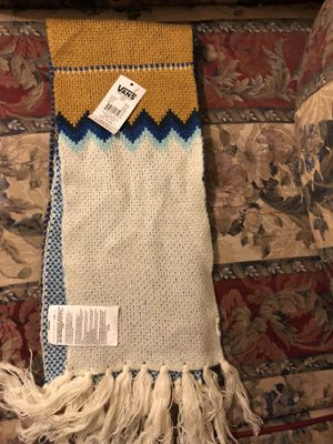 Vans zagger scarf adult for Sale in Los Angeles, CA