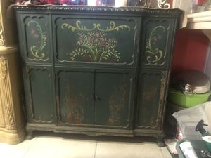 """Antique Green cabinet tall 36""""1/2 length 39"""" deep 17"""" for Sale in Fresno, CA"""