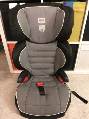 Like new Britax Parkway SGL car seat booster seat for Sale in Temple City, CA