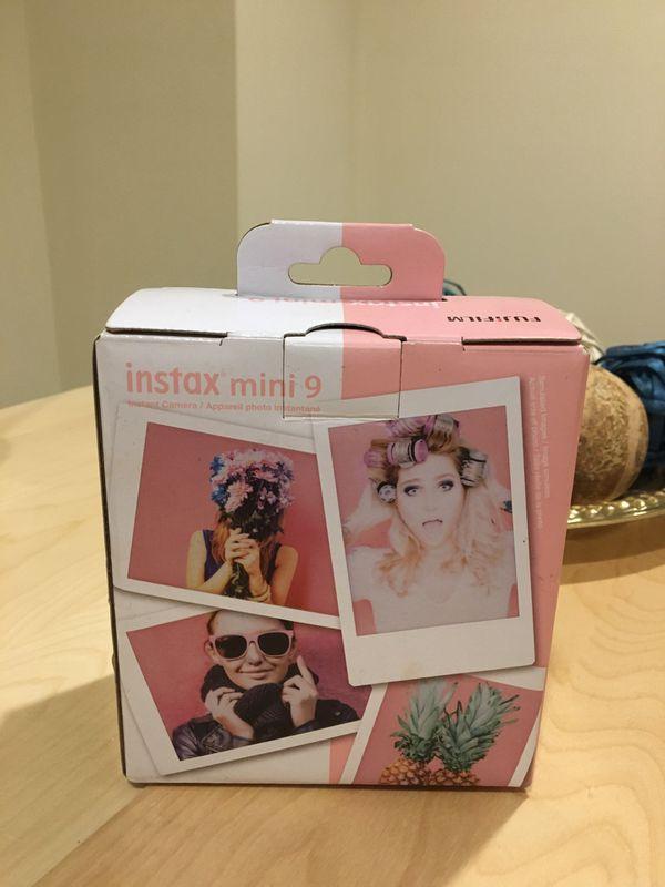 Fujifilm Instax Mini 9 Instant Camera, Flamingo Pink