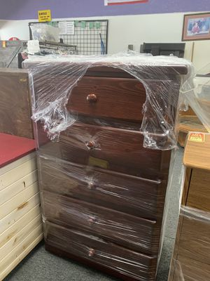New solid wood dresser. Small defects for Sale in Tulare, CA