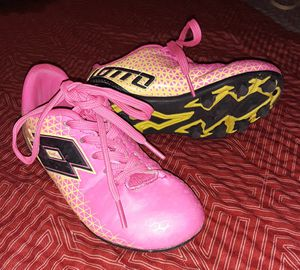 Girl's Lotto Soccer Cleats Size 10 for Sale in Fresno, CA