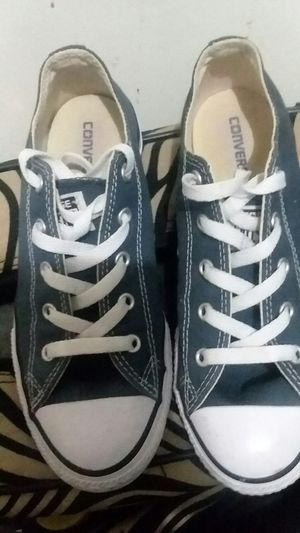 Converse size 3 EXELLENTCONDITION for Sale in Hammonton, NJ