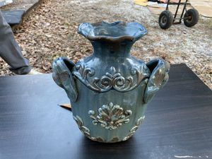 Antique Vase for Sale in Gulfport, MS