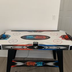 Fire and Ice air hockey table for Sale in Pompano Beach,  FL