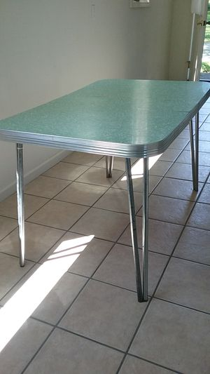 1950's Formica table for Sale in Stanwood, WA