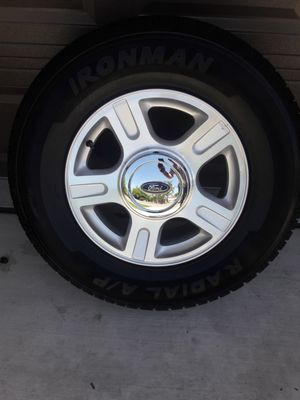 FORD WHEEL-SET 6 LUG with 265 70 17 tires - $550 for Sale in Sacramento, CA