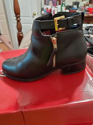 Womens boots for Sale in Reedley, CA