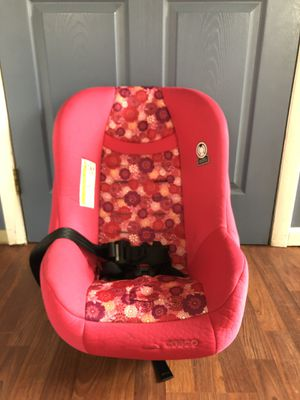 Cosco car seat for Sale in Gerrardstown, WV