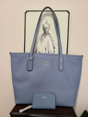 Coach bag and wallet for Sale in Hillsboro, OR
