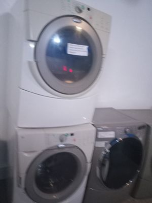 WHIRLPOOL FRONT LOAD WASHER AND DRYER SET WORKING PERFECT for Sale in Baltimore, MD