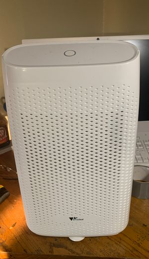 Amzdeal dehumidifier T8 plus purificationsterilization for Sale in Pomona, CA