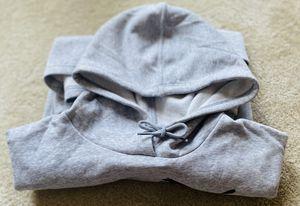 Grey Puma Cropper Sweatshirt for Women Sz M for Sale in Lawrenceville, GA