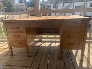 Solid oak antique desk for Sale in Puyallup, WA
