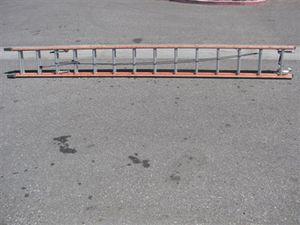 25 foot extension ladder for Sale in Nashville, TN