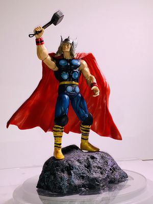 "Diamond Select Marvel CLASSIC THOR 7"" Action Figure w/Base Complete for Sale in Los Angeles, CA"