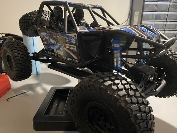 Axial Bomber 10rr