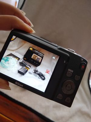 Nikon COOLPIX S3100. Digital Camera 14 MP. New, has all original accessories. Firm Price for Sale in Hialeah, FL