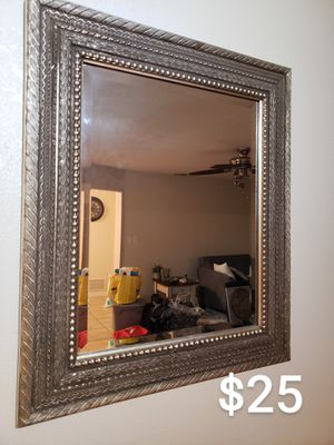 Wall mirror for Sale in Orlando, FL