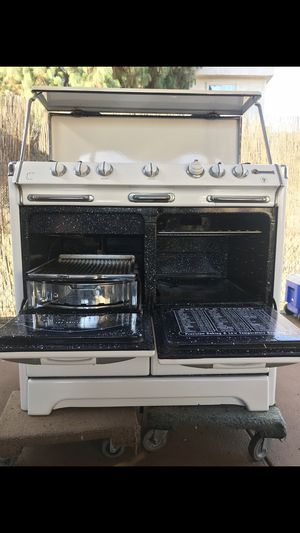 Antique stove for Sale in La Habra, CA
