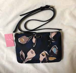 NWT Kate Spade Triple Gusset Crossbody for Sale in Washington, DC