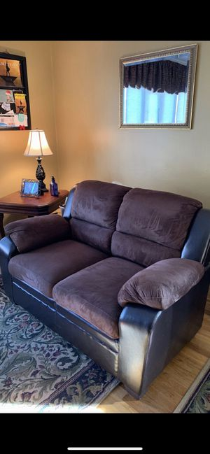 Raymour & Flannigan Loveseat for Sale in North Bellmore, NY