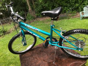"Huffy Charm girls. 20"" Mountain bike 6speed for Sale in Westerville, OH"